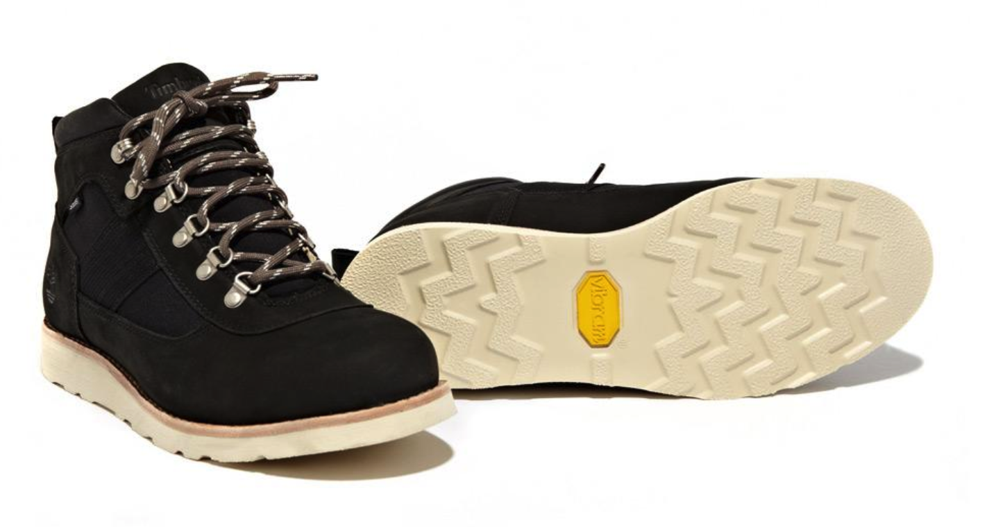 stussy:timb_deluxe_field_boot_2012_black